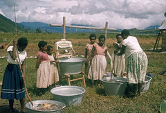 Ubbink-2-005b (Stichting Papua Erfgoed) Tags: papuaheritagefoundation stichtingpapuaerfgoed papua irianjaya voormalignederlandsnieuwguinea