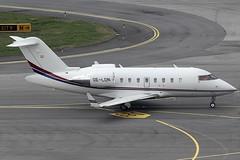 Mjet GmbH Bombardier Canadair Challenger 650 OE-LDN (c/n 6087) (Manfred Saitz) Tags: vienna airport schwechat vie loww flughafen wien mjet bombardier canadair challenger 650 cl65 oeldn oereg