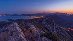 View to Port de Pollenca (Dennis Siebert) Tags: 2018 camidelatalaiadalbercuix canoneos5dmarkiv dennissiebert escolomer mallorca portdepollenca wwwshadowandlightde baleraren balearischeinseln berge hills rocks mountains