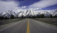 Road Shot Tetons (Jeff Clow) Tags: 2018 grandtetonnationalpark jacksonhole jeffclowphototours jeffrclow may usa wyoming beautyinnature landscape mountains nature outdoors scenery scenics western