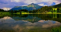 Clouds over the mountains... (sylviafurrer) Tags: mountain mountainlake bergsee lauenensee clouds wolken spiegelung reflection berneralpen switzerland bewölkt coth5