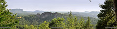 Deutschland Sachsen Waltersdorf_DSC0992PAN (reinhard_srb) Tags: deutschland sachsen waltersdorf panoramablick sächsische schweiz ausblick weite horizont lilienstein elb sandstein gebirge felsen wald dunst elbtal wipfel tannen hochebene nationalpark urlaub reise tourismus