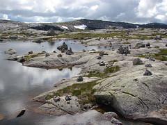 Cairns on the banks (ragingr2) Tags: norway noorwegen scandinavia northerneurope nordic europe