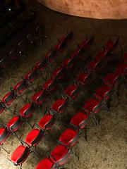 RED CHAIRS (Francisco (PortoPortugal)) Tags: 1162018 20180503fpbo7859 chairs red cadeiras vermelho luz light teatro viladoconde porto portugal portografiaassociaçãofotográficadoporto franciscooliveira