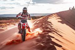 Off Road (Luis Montemayor) Tags: offroad dunes coralpinksanddunesstatepark coralpinksanddunes statepark motorcycle sand arena san dust polvo