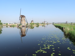 Kinderdijk, Holland (iyk314159) Tags: windmill water reflection kinderdijk holland