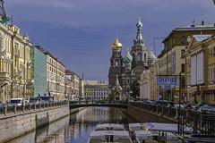 Iglesia de la sangre derramada - San Petersburgo (Alphonso Mancuso) Tags: sanpetersburgo rusia russia iglesiadelasangrederramada street streetphotography travel