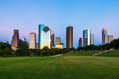 Twilight - Houston (RaulCano82) Tags: houston htx htown hou houstontexas houstontx houstonskyline downtown downtownhouston dslr dthtx skyline 80d raulcano photography texas landscape city cityscape canon citylights sunset twilight tx grass park scenery nature buildings