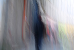 (jc.dazat) Tags: flou blur icm personnage people couleurs colours color photo photographe photographie photography nikon jcdazat dazat