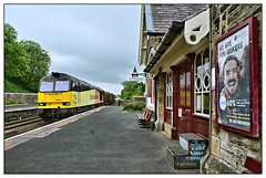 Fun seekers? (david.hayes77) Tags: colas tug class60 hortoninribblesdale yorkshire yorkshiredales sc settlecarlisle 2018 logs freight timber wood mr poster midlandrailway northern 60021 craven northyorkshire advert 6j37 cargo northernrail funseekers