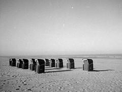 Beach chairs (25/8) Tags: olympus pen ee2 agfaphoto apx100new apx100 ilfotecddx ilfotec egmond