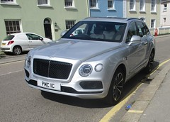 2017 Bentley Bentayga Diesel (occama) Tags: pmc1c bentley car suv expensive presteige silver cornwall uk british bentayga 2017 diesel