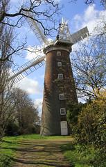 Buttrum's windmill, Woodbridge (jpotto) Tags: uk suffolk woodbridge windmill building tower buttrumswindmill industrialarchaeology