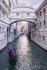 Bridge of Sighs (Rob Vigliotti) Tags: italy venice gondola pontedeisospiri architecture bridge venezia veneto it