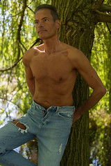 weekend-en-allemagne_27127049847_o (Eric Cocoloco) Tags: photoshooting photographer malemodel torsenu sexyman outdoor parc bareupperbody