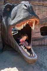 _DSC9661.jpg (Kaminscy) Tags: girl dinosaur jurapark soleckujawski jaws teeths themepark poland kujawskopomorskie pl