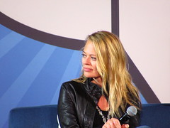 IMG_0757 (grooverman) Tags: comicpalooza may 2018 comic con convention star trek panel jeri ryan canon powershot sx530