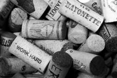 2018061014 (J E) Tags: ilford delta 3200 1250 diafine canon 1nrs bw film 35mm corks wine