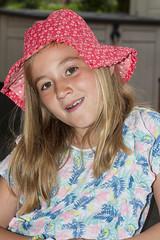 DSC_2490 (änder grethen) Tags: young girl lady with hat portrait portraitoflady portraitkinder enfants kinderportrait girlie