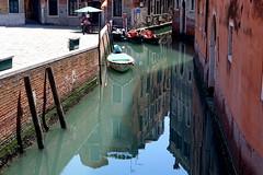 Venezia (hatschiputh) Tags: italy vnenzia water canale boat venezia canal house reflection lagune lagoon mare gondole