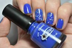 Desafio das 31 unhas #5 - Azuis. (Raíssa S. (:) Tags: blue azul esmalte nails unhas nailpolish naillacquer glitter color dote creamy cremoso biguniverso desafiodas31unhas nikon