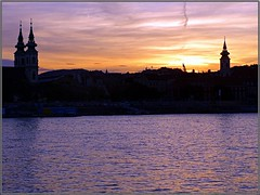 Budapest (Hungary) (sky_hlv) Tags: shoesonthedanubebank memorial jews jewsmemorial worldwarii budapest hungría hungary europe europa zapatos shoes monumento monument