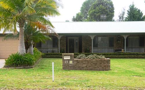 19 Greville Avenue, Sanctuary Point NSW
