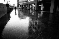 rainy day (ken's style 1) Tags: japan tokyo urban city rain snap street shadow momochrome blackwhite
