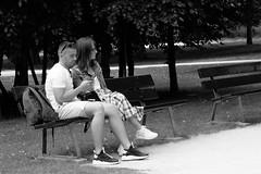 180616_UrbanPhotoRaceAmsterdam14.jpg (Chantal van Son) Tags: urbanphotorace amsterdam telephone phone couple smartphone bench uprams18