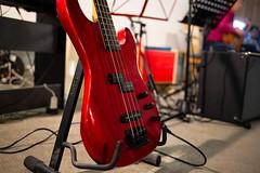 Waiting for the Job (Role Bigler) Tags: 35mm 4saiten 4strings bass bassgitarre bassguitar canon canonef2035mmisusm canoneos5dmkiii ebass egitarre gitarre guitar highiso instrument live maison maisonbassguitar musicalinstrument musikinstrument rot saiten strings concert electricbassguitar red redbass