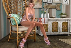 Why (Rose Sternberg) Tags: lelutka maitreya sitpose floral pink outfit top short viafulô truth life second gift heels shoes footwear glam affair