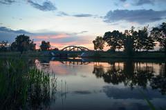Zachód słońca (Kosmi88) Tags: sundown sunrise zachód sun sky clouds poland lake water woda jezioro odbcie głowno polska nikon5300