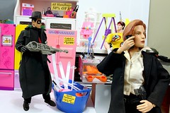Paprihaven 1369 (MayorPaprika) Tags: lgv20 lgvs995 16 custom diorama toy story paprihaven action figure set thespirit dc dcdirect danascully xfiles sideshow thriftstore junk