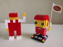 LEGO Gnome/Mascot BrickHeadz