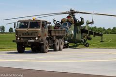 Mi-24V Hind, 728, Polen (Alfred Koning) Tags: 728 epirinowroclaw locatie mi24hind mi24v polen vliegtuigen