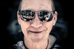 Rocco (StellaMarisHH) Tags: europa deutschland hamburg neugraben portrait gesicht kopf brille sonnebrille canon canoneos5dmkiv eos5dmkiv 5dmkiv tamron tamron2470 2470 28 offenblende lightroom