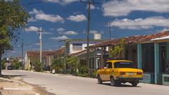 Camajuani - 2 - La Loma (The Hill) - Moskvich (lezumbalaberenjena) Tags: camajuani camajuaní villas villa clara cuba cuban ciudad city 2018 lezumbalaberenjena loma bario vintage antigua carro car