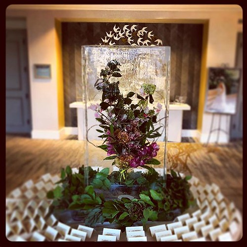 A beautiful floral #icesculpture centerpiece for a lovely #wedding @fsaustin with @pearleventsaustin tonight! Shoutout to @westbankflowermarket for the great collaboration! #fullspectrumice #custom #thinkoutsidetheblocks #brrriliant - Full Spectrum Ice Sc