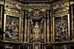 Astorga (León-España). Catedral. Retablo Mayor de 1584, obra de Gaspar Becerra. Cuerpo inferior (santi abella) Tags: astorga león castillayleón españa catedraldeastorga retablos