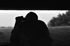 Ils arrivent !!! (ptit fauve) Tags: débarquement6juin1944 france dday 6 juin 1944 débarquement normandie guerre war 6juin1944 nb noiretblanc overlord opération opérationoverlord nikon nikond800 longuessurmer batterie batteriedelonguessurmer marineküstenbatterielonguessurmer murdelatlantique omahabeach goldbeach calvados bassenormandie monumenthistorique béton acier casemate