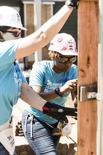 2018 Lowe's National Women Build Week Build Day