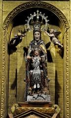 Astorga (León-España). Catedral. Capilla del Santísimo y la Majestad. Retablo. Virgen del siglo XII (santi abella) Tags: astorga león castillayleón españa catedraldeastorga retablos