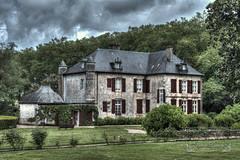 Pyrénées-Atlantiques, Pays Basque ( photopade (Nikonist)) Tags: urtubie pyrénéesatlantiques paysbasque paysage parc architecture apple affinityphoto imac castle château nikond7100 nikon