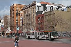 MUNI Nr. 6252 Market Street (Bus und Bahn by SF) Tags: neoplan an460 sanfrancisco muni autobus dieselbus usa civiccenter