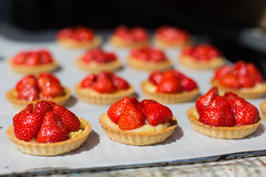 Strawberry Tarts (ColinParte) Tags: bakery pastry dessert strawberry market canon 50mm f28