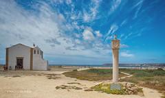 Igreja na fortaleza de Sagres (Algarve, Portugal) (Placido De Cervo) Tags: sagres fortaleza algarve portugal igreja church fortezza sky nuvole 200d