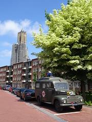 Eusebiuskerk / FORD  KÖLN V8 DM-93-67 1955 / 1997 Arnhem (willemalink) Tags: eusebiuskerk ford köln v8 dm9367 1955 1997 arnhem