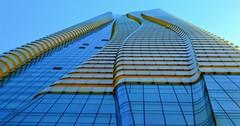 One Bloor / Condominium .... 1 Bloor Street East .... Toronto, Ontario (Greg's Southern Ontario (catching Up Slowly)) Tags: hariripontariniarchitects onebloorcondominium torontoist modernistarchitecture onebloor oneblooreast lookingup linesandcurves