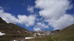 Valea Obârșiei văzută de la cascadă