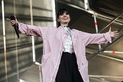 "Javiera Mena - Primavera Sound 2018 - Miércoles - 5 - M63C2942 • <a style=""font-size:0.8em;"" href=""http://www.flickr.com/photos/10290099@N07/28598353458/"" target=""_blank"">View on Flickr</a>"
